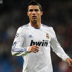 Cristiano Ronaldo reaches 100 goals with Real Madrid