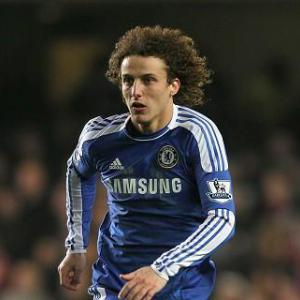 Chelsea's David Luiz admits interest from Barcelona