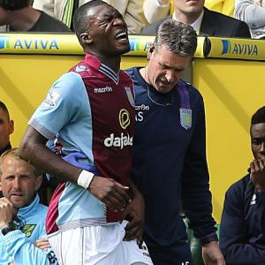 Benteke out for up to six weeks