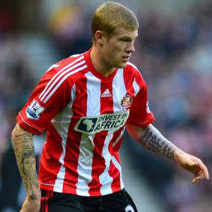 Sunderland accept McClean offer