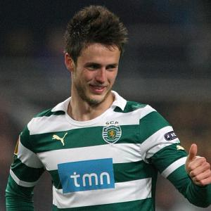 Ricky Van Wolfswinkel to join Norwich