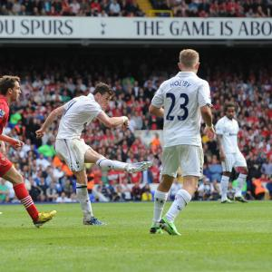 Bale blasts late winner in Saints defeat