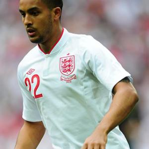 Walcott pulls out of England squad