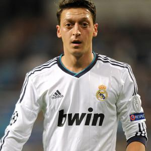 Wenger lured Ozil to Arsenal