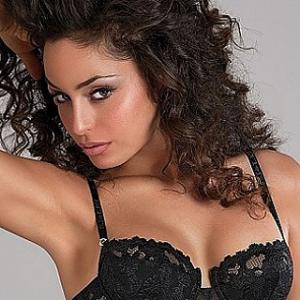 Top 10 sexy Premier League WAGS - Raffaella Fico