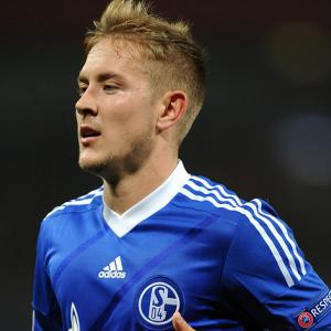 Spurs win the race to sign Schalke's Lewis Holtby