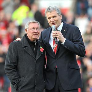 Manchester United chief exec David Gill pays Ferguson tribute