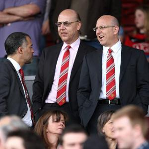 United owners face share backlash