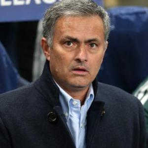Spanish paper Marca stands by claims Real players want Mourinho out