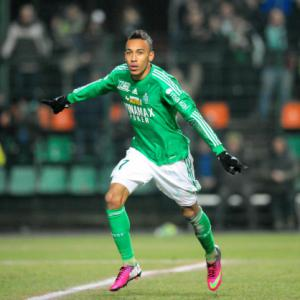 Chelsea line up Ligue 1 forward Peirre-Emerick Aubameyang