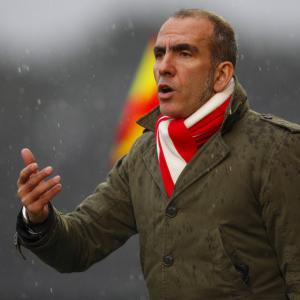 Di Canio quits Swindon
