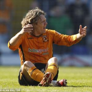 Hull confirm Jimmy Bullard suspension