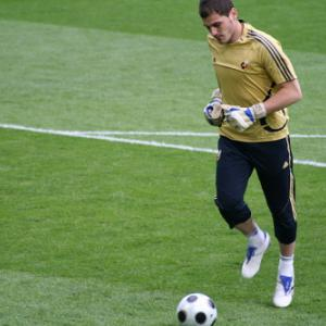 Casillas ready for record-equalling Wembley return