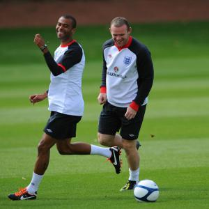 Hodgson clear on Rooney situation