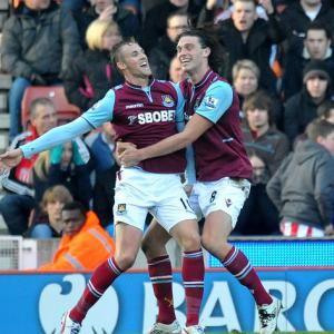 Collison clinches Hammers victory