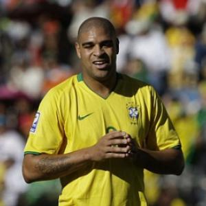 Tottenham offered Brazil bad boy Adriano on a free transfer in January