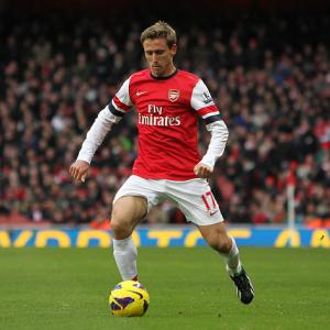Monreal and Gervinho fire Gunners to win