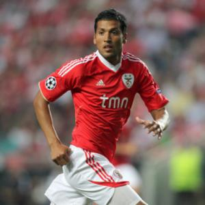 Manchester United close to agreeing deal for Benfica star