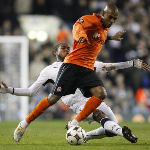 Fernandinho pays to seal City move