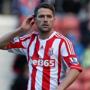 Owen going nowhere says Stoke boss Tony Pulis