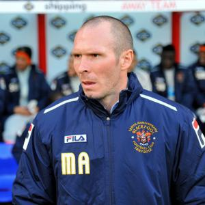Blackburn Rovers 'in discussion' with Blackpool boss Michael Appleton