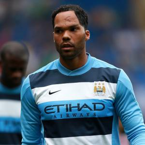 Manchester City defender Joleon Lescott targets new deal