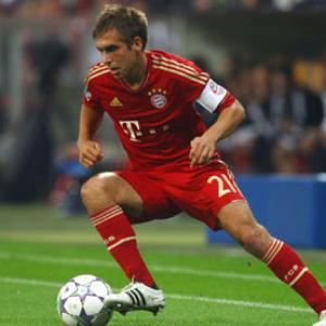 Lahm eager for Bayern to join 'golden generation'