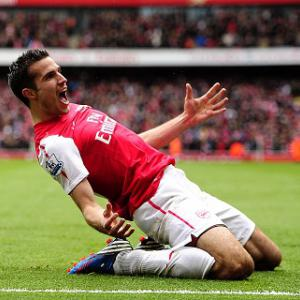 Juve confirm interest in Arsenal star Van Persie