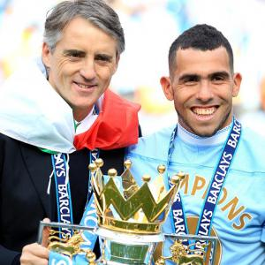 Tevez: Too much pressure at Manchester City