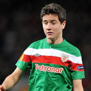 Manchester United target Herrera happy to stay in Bilbao