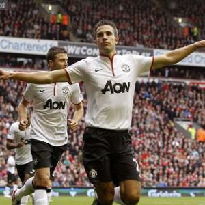Top 10 Goals Of September 2012: 3 - Robin van Persie
