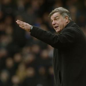West Ham boss Allardyce defiant over FA sanction