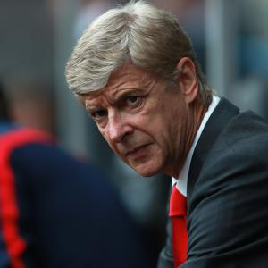 Wenger: Title race is wide open