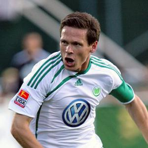 Cottagers swoop for Riether