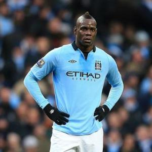 Balotelli has bright future says Manchester City's Yaya Toure
