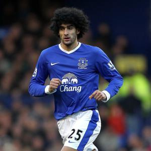 Fellaini hopeful of top-four finish