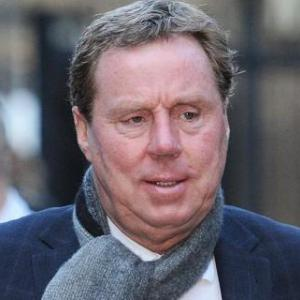 Redknapp loses cool at bungs trial