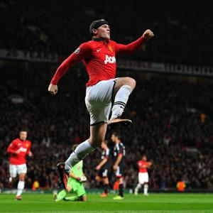 Rooney guides United to victory