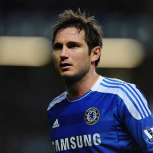 Should Chelsea Star Frank Lampard Move To Manchester United?