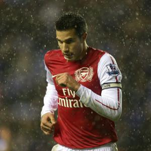 Wenger: Van Persie can be legend