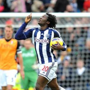 Chelsea striker Romelu Lukaku to stay at West Brom on loan