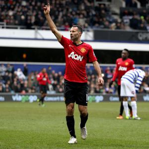 Rafael hails marvellous Giggs