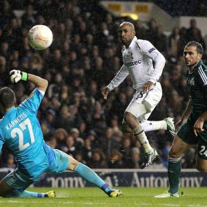 Spurs seal knockout berth