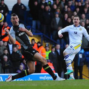 Leeds 1-1 Peterborough: Match Report
