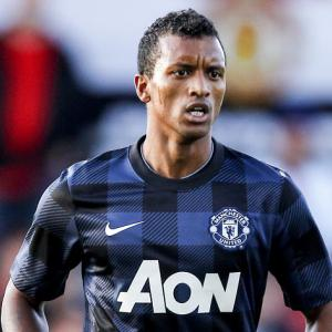 Nani lands five-year United deal