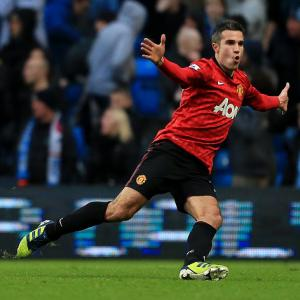 Who has benefited more from van Persie sale - Arsenal or Manchester United?