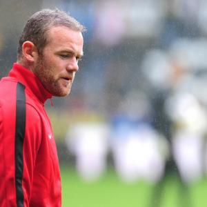 Mourinho to continue Rooney pursuit