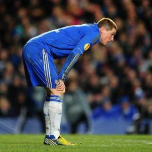 Chelsea boss Rafael Benitez stands by Fernando Torres