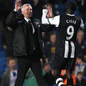 Pardew hoping Cisse will face Swans