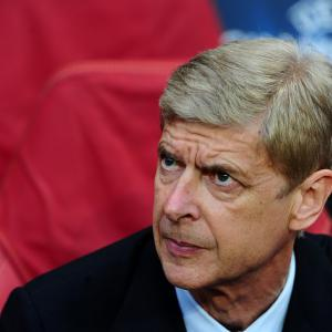 Wenger calm about contract talks with Arsenal